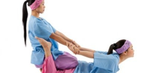 Le massage thailandais (étirement)